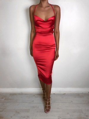 Manuela opened back red midi dress